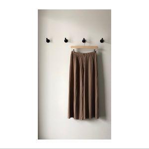 Oak & Fort: K007 Pleated Pant